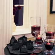 These candy filled headstones are spooky and sweet. Also, very easy to make yourself! Via Martha Stewart: http://www.marthastewart.com/264627/candy-filled-headstones?czone=holiday%2Fhalloween-center%2Fhalloween-center-decor&gallery=275614&slide=264627&center=276965